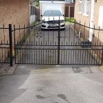 Driveway gate black windsor style