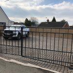 Flat top double driveway gates